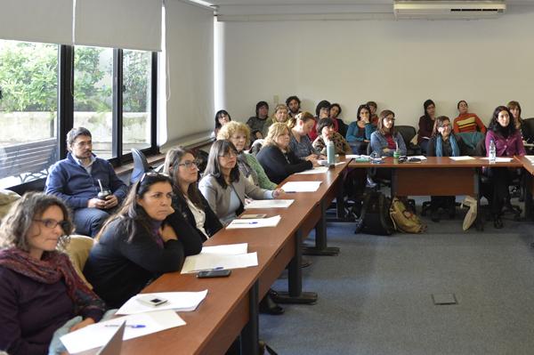 Mesa de diálogo: acoso en el ámbito laboral y educativo