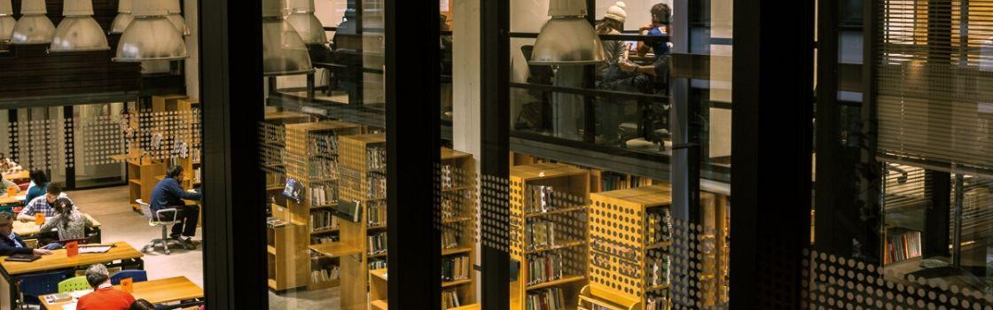 Biblioteca reabre sus puertas para préstamo y devolución